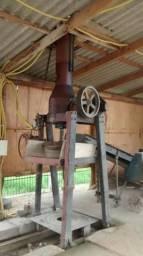 Máquina de fazer tubos