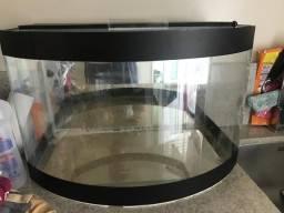 Aquário 65 litros com vidro curvado