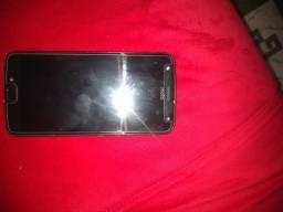 Vendo celular Motorola X4 por 450 aceito proposta