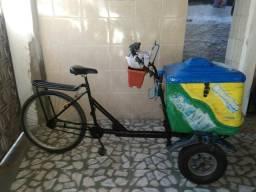 Triciclo de vender sorvete
