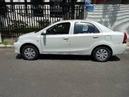 Etios sedan 1.5 x automatico - unica dona - 2017
