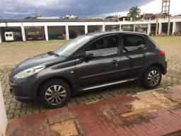 Peugeot 207[ Carro de garagem