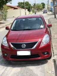 Nissan Versa SL 1.6 - único dono