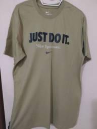 camiseta Nike M nunca usada