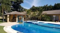 Belíssima Chácara de 5.000m2 com 5 suites à venda por R$ 3.800.000 - Recanto das Flores -