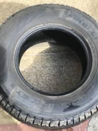 Pneu Pirelli Scorpion 265 / 70./ 16 p caminhonete. Zerado. Nunca foi ao chão.