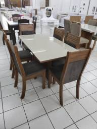 Mesa C/ 6 cadeiras