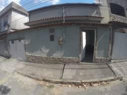 Excelente casa de 02 Quartos em Santíssimo - Rio de Janeiro