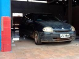 Clio 2000 - 2000