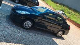 Vendo Peugeot 207 Passion Sedan XR 1.4 2009/2010 - 2010