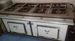 Fogão industrial de 8 bocas e dois fornos