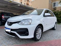 Toyota Etios sedan 1.5 XS (Automático)
