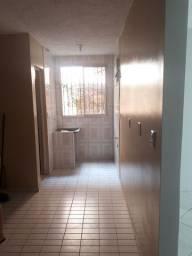 Conjunto Sol Poente , apto 3/4 , sala , cozinha , banheiro de empregada e banheiro social
