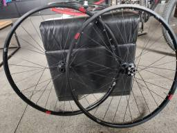 Roda Brave MTB 29 Rolamento Sram XD