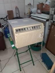 Ar condicionado 127 v (pra consertar)