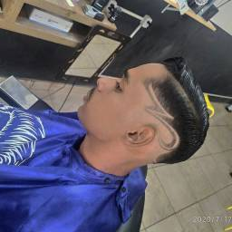 Contratando barbeiro(a)