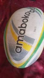 2 bolas de futebol americano nike e amaboko originais