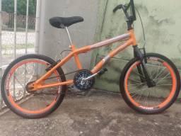 Bicicleta BMX - Oportunidade