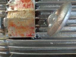 Motor Weg 7,5 CV Monofásico Alta Rotação