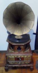"Gramofone Indiano Antigo ""his master's voice"""