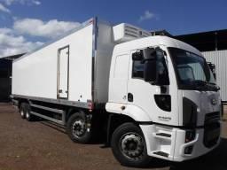 Equipamento diesel e elétrico para veículos de médio porte, com baús de até 8,5mts.
