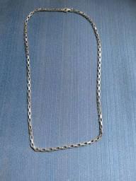 Cartier caixote maciça 60 cm