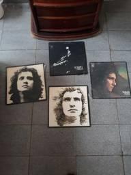 4 discos de vinil do Roberto  carlos
