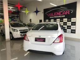 Nissan Versa em perfeito estado