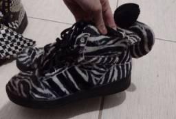 Tênis Adidas Jeremy Scott