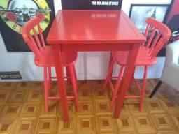 Título do anúncio: Conjunto Mesa Bistrô e duas cadeiras altas