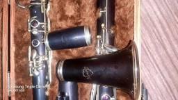 Título do anúncio: Clarinete normandy francesa em ébano +boquilha vandoren B45