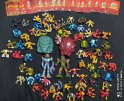 Vendo Coleção de brinquedos Gormiti mais cartas