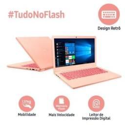 Notebook Samsung Rosa com leitor de digital.