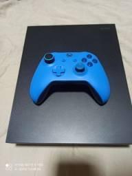 Título do anúncio: Xbox One X 4k 1tb/ aceito propostas! Passo cartão!