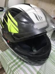 Capacete mt helmets 5 estrelas