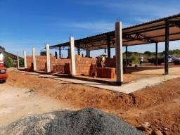 Projetos e construções em geral.