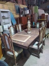 Mesa de 6 cadeiras de jantar rústica