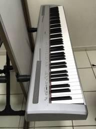 Piano Yamaha P95
