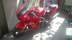 Moto Suzuki tl 1000