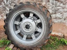 Pneus traseiros para trator 13.6-38 completo com roda e centro