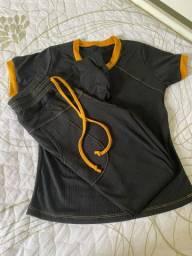 Conjunto t-shirt e calca canelado NUNCA usado