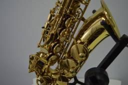 Saxofone Alto Eagle S.A 501 + Boquilha Bob Oliver Pop Master (Promoção)