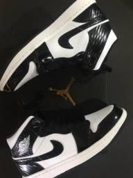 Air Jordan 1 MID - Carbon Fiber 41