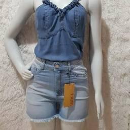 Blusa e short jeans