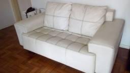 Sofá Branco Couro sintético conservadíssimo