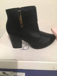 Sapatos, bota e bolsas