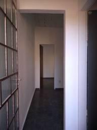 Aluga-se barracão de 4 cômodos, valor de R$ 550,00: Ribeiro de Abreu