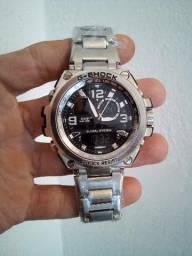 Relógio Casio G-Shock (A prova d'água)