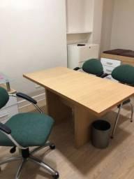 Mesa escritório e mesinha auxiliar
