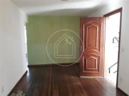 Apartamento à venda com 2 dormitórios em Vila três, São gonçalo cod:831964
